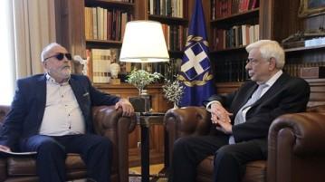 Συνάντηση του Προέδρου της Δημοκρατίας, Προκόπη Παυλόπουλου, με τον υπουργό Εσωτερικών και Διοικητικής Ανασυγκρότησης, Παναγιώτη Κουρουμπλή την Τετάρτη 19 Οκτωβρίου 2016, στο Προεδρικό Μέγαρο. (EUROKINISSI/ΓΙΑΝΝΗΣ ΠΑΝΑΓΟΠΟΥΛΟΣ)